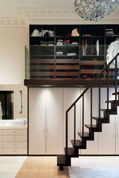 Double-height closet
