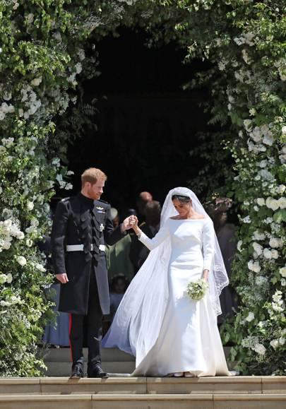 meghan duchess of sussex wedding dress house garden meghan duchess of sussex wedding dress