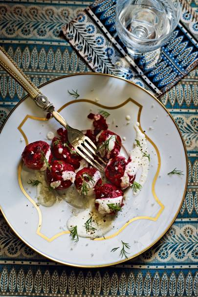 Little beetroot dumplings with sour-cream sauce and horseradish