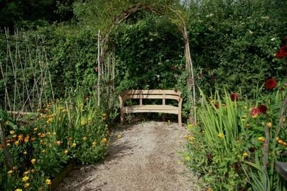 Create a Canopy For Your Garden Bench