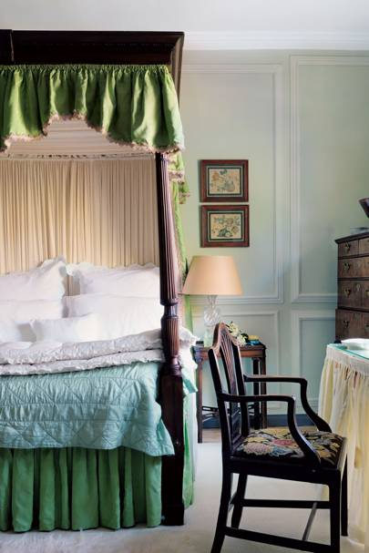 Apple Green Four Poster