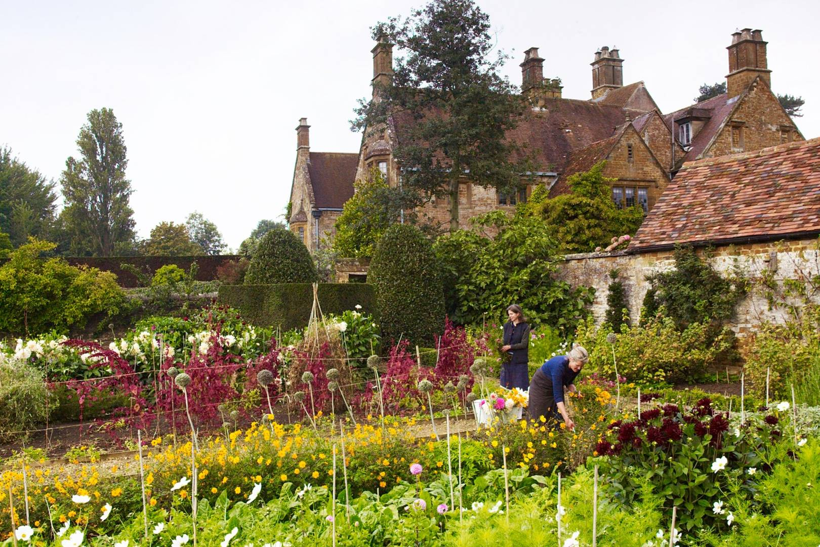 English country garden ideas | House & Garden