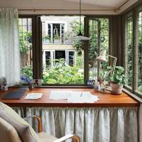 The London home of Henrietta Courtauld of The Land Gardeners