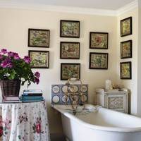 Traditional Country Bathroom
