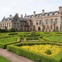 Lord Byron: Newstead Abbey