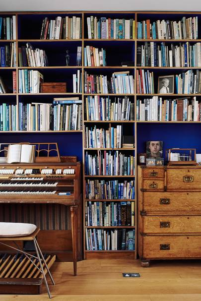 Dressing Room Bookcase | Small Space Design