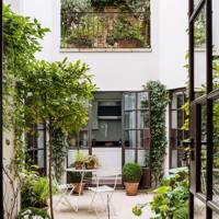 Courtyard Garden & Roof Terrace