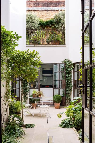 City Courtyard Garden | City Garden Ideas