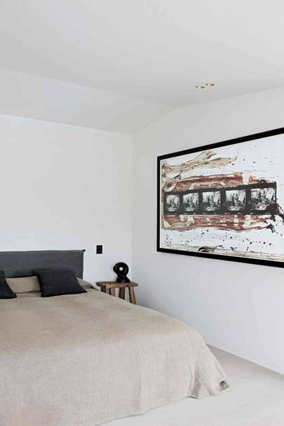 Spare Bedroom - Architect's Pale Family Home