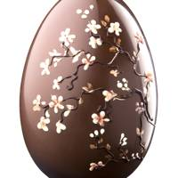 Lick the Spoon Cherry Blossom Easter Egg – Milk Chocolate, 800g, £85.00