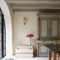 Rita Konig Manhattan House - Trunk Storage