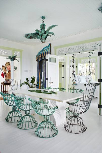 Dining room with verdigris garden furniture | Dining Room Design Ideas
