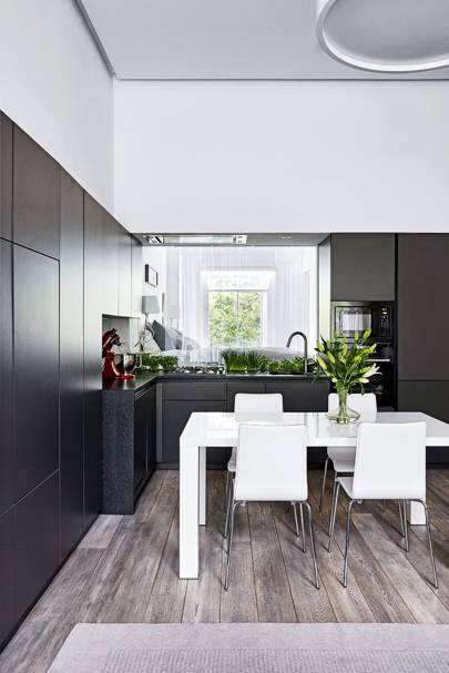Black MDF Kitchen Cabinets