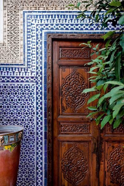 Blue White Zellij Tiled Doorframe, Riad Enija