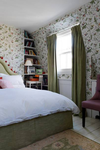 Daughter's Bedroom - English Garden Square House