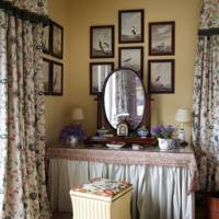 Main Bedroom Vanity - Traditional Cornwall House