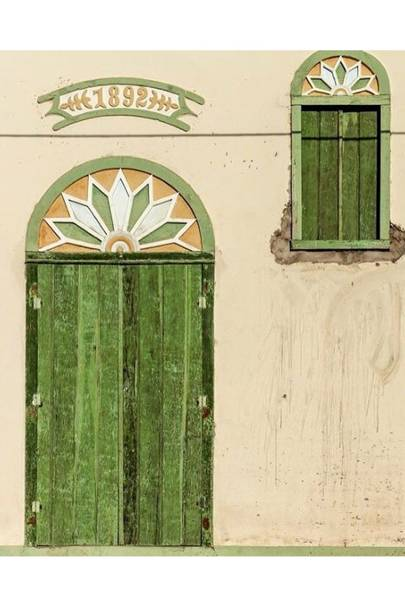 Green Matching Shutters - Door J'adore