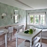 Dorset Manor Bathroom - Emma Sims Hilditch