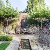 Garden Seating - Country Barn Conversion