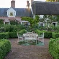 Smith and Payne Gardens