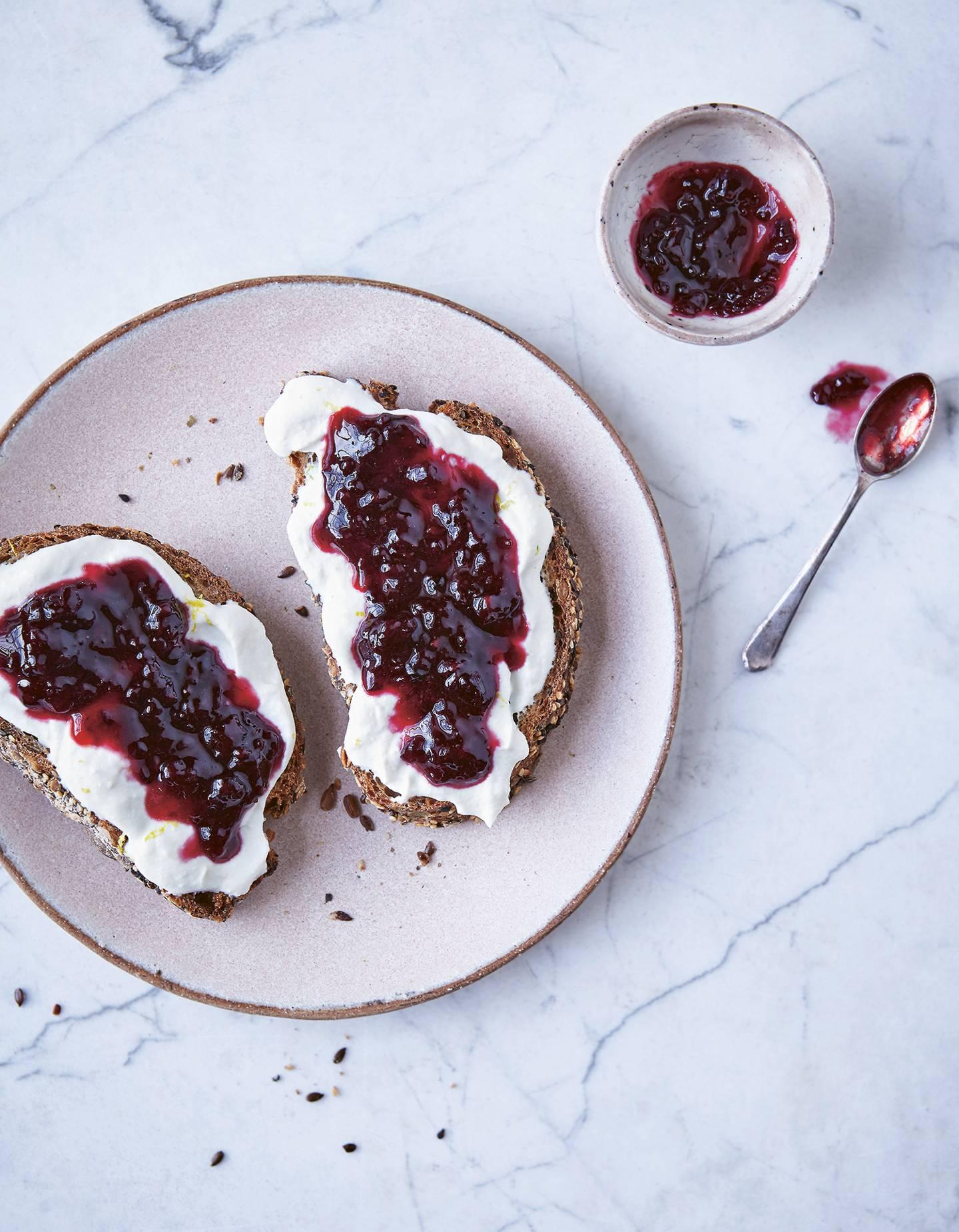 Whipped ricotta toast with blackberry juniper jam