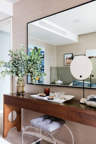 Bedroom Mirror - Sophie Ashby - Modern Flat