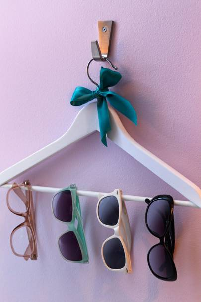 Hang Sunnies in Style