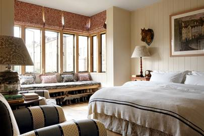 Country Bedroom Ideas - English Country Style Bedrooms | House & Garden