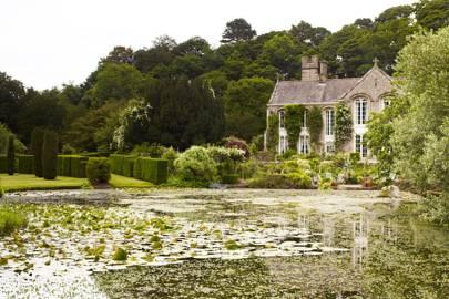 Lake & House