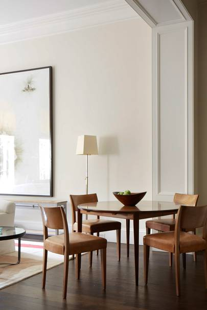 Rita Konig Manhattan House - Round Dining Table
