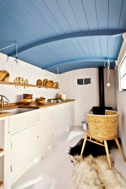 Hygge: Shepherd's Hut Kitchen