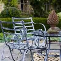 Outdoor Dining Set - Bunny Guinness' Cambridgeshire Garden