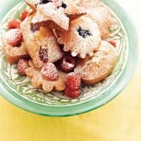 Little raspberry cakes