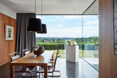 A modern family house in Surrey, p198