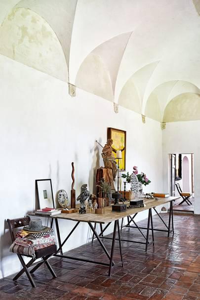 Sculptor Emily Young S Tuscan Monastery Interior Design