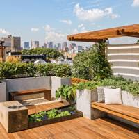 Modern Roof Garden with Decking