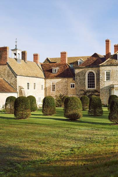 Topiary - Restored Georgian House in Somerset