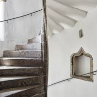 Whitewashed Staircase - Lamb's House in Leith