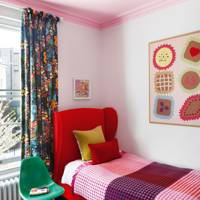 Pink and red kids' bedroom
