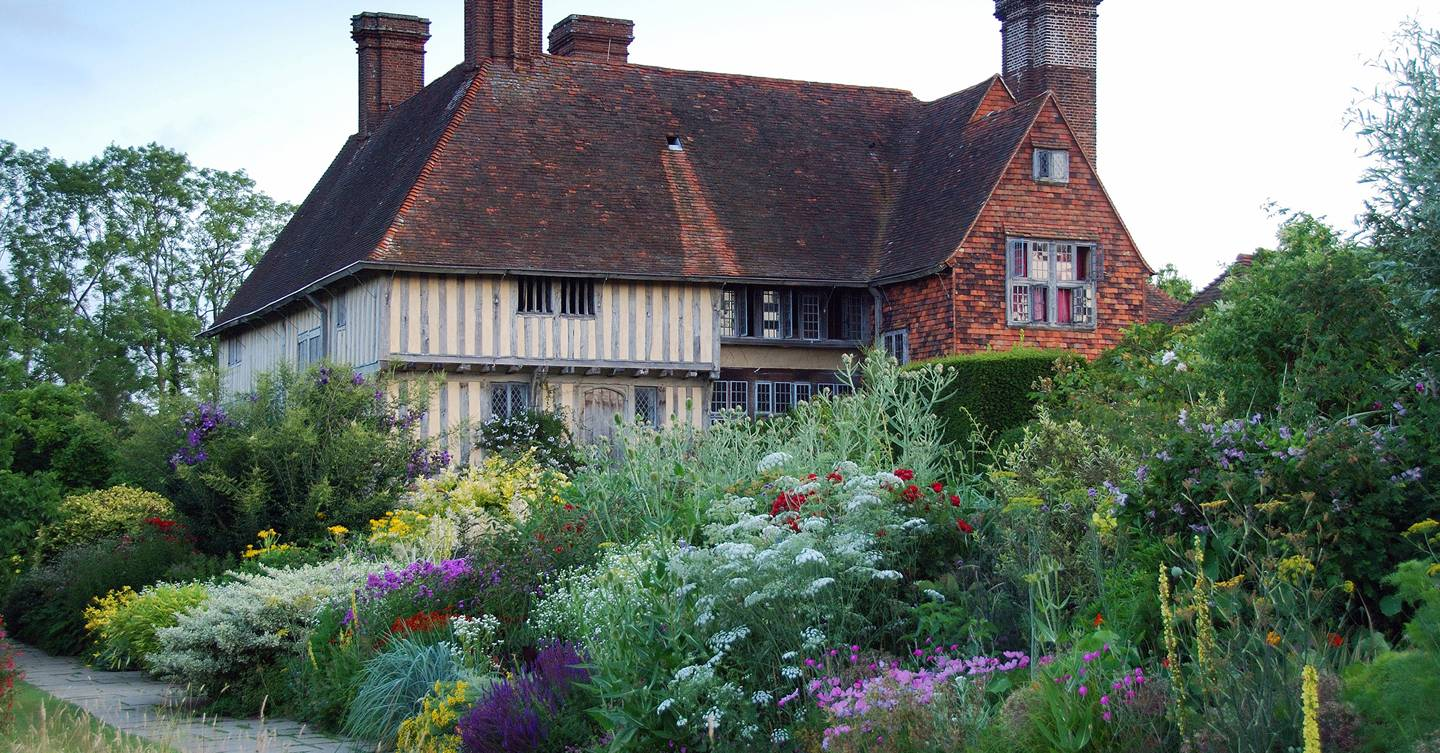 The evolution of Great Dixter's long border in pictures