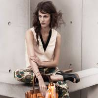 Sleeveless Blouse, Trousers & Bag