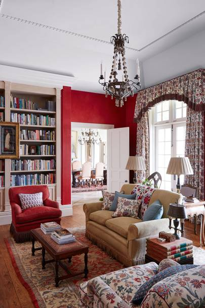Traditional red scheme with chintz curtains