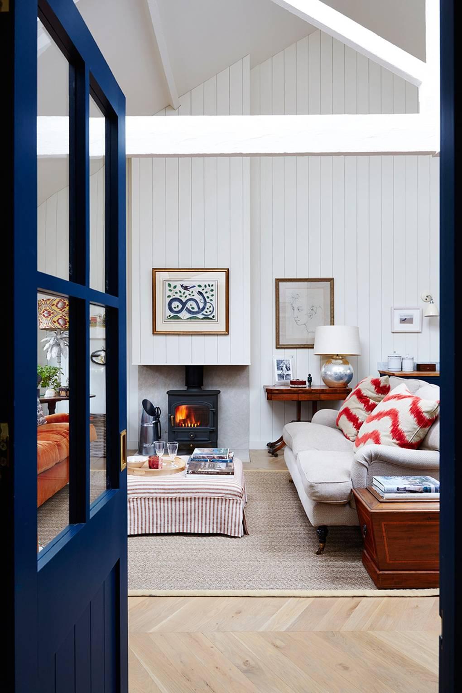 Caroline Riddells modern mews house in London   House & Garden