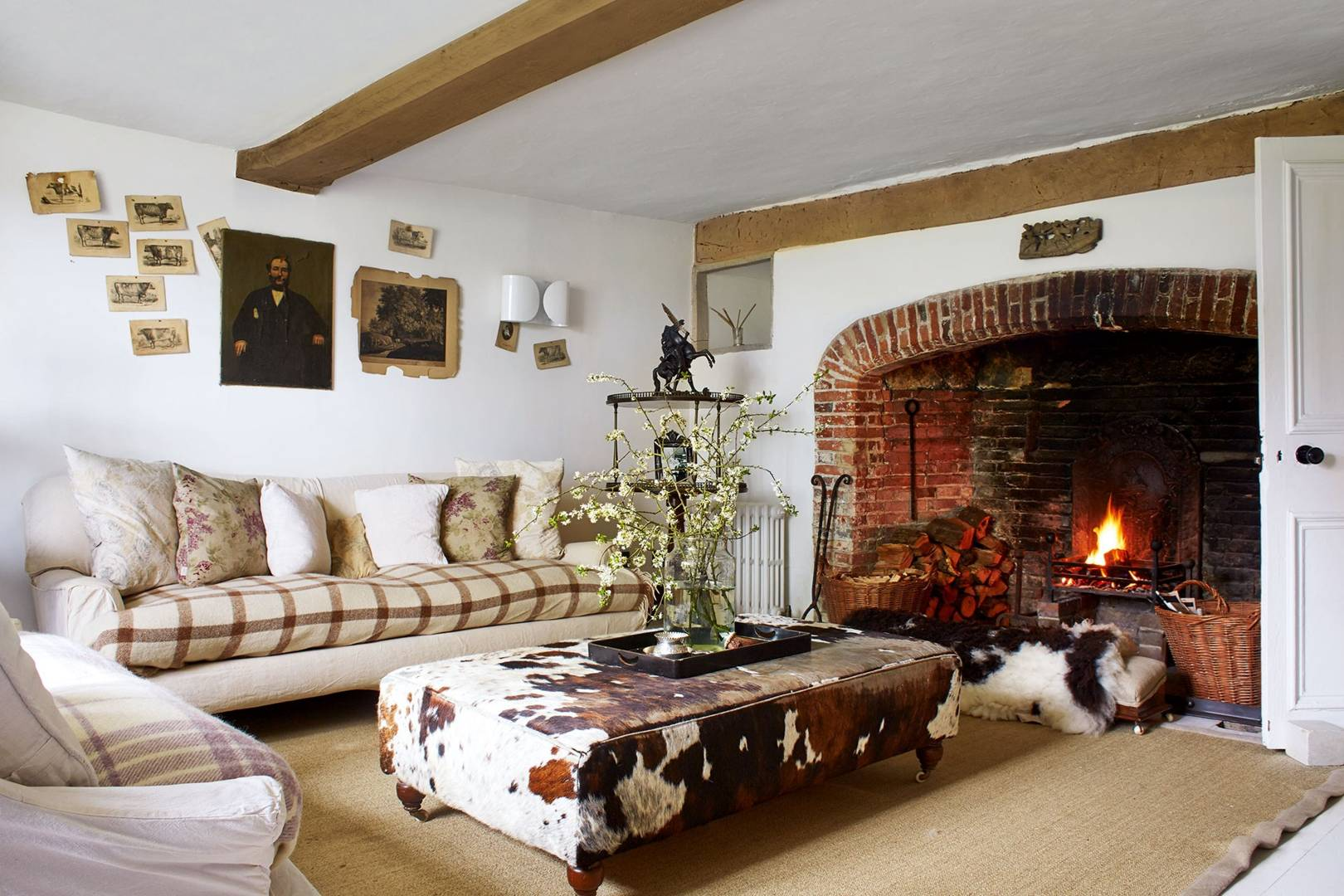 Cottage Interior Design House Garden, Pictures Of Country Cottage Living Rooms