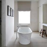 Main Bathroom - Architect's Pale Family Home
