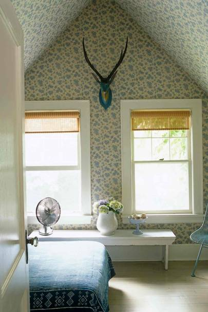 Small Pattern Wallpaper Ceiling