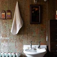 Wash Basin - Tudor House