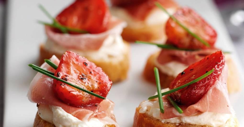 Balsamic Strawberry Parma Ham Crostinis Recipe Easy Recipes