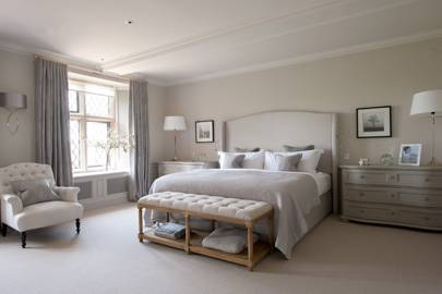 Cotswold Manor Bedroom - Emma Sims Hilditch