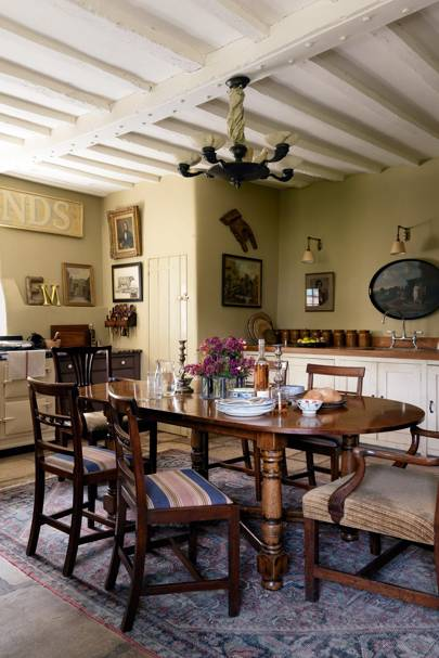 Country Home - Kitchen